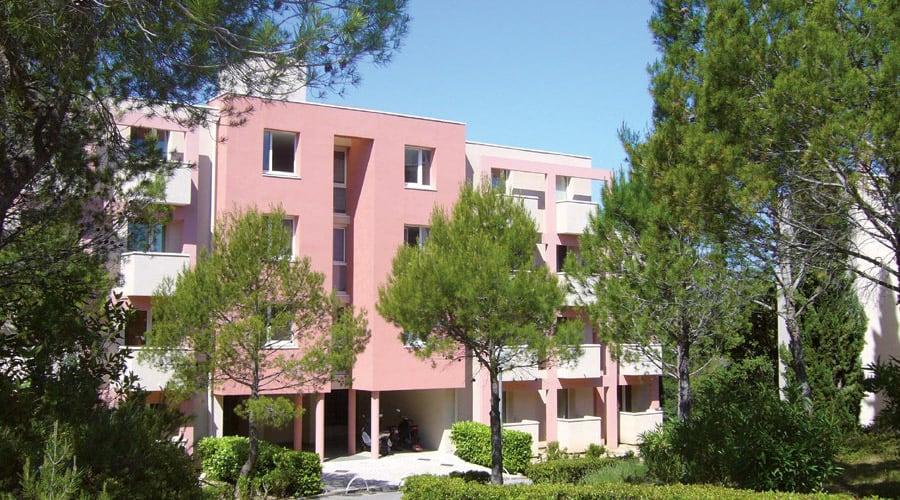 Campus de Bissy grands studios fonctionnels et équipées à proximité de la nature.